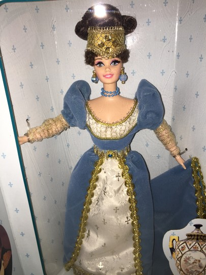 Mattel French Lady Barbie (First Edition-Collector Edition); The Great Eras Collection by Mattel [ Roxanne Anjou Closet ]