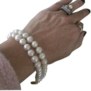Other double strand pearl bracelet