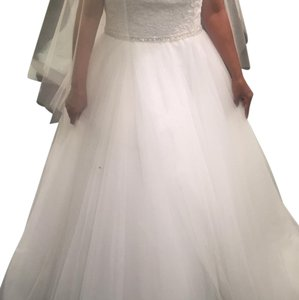 Allure Bridals Silver/Ivory Lace and English Net 9162 Vintage Wedding Dress Size 10 (M)