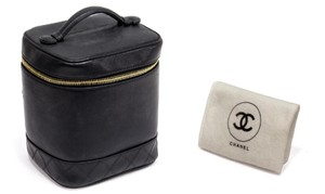 Chanel BLACK LEATHER COSMETIC TRAVELING BAG