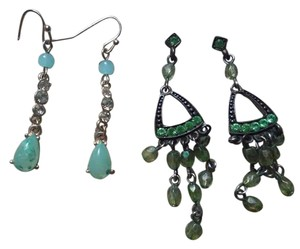 Claire's Two pairs of green dangle earrings.