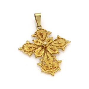Modern Vintage Fancy Beaded and Filigree Textured 18k Yellow Gold Cross Pendant