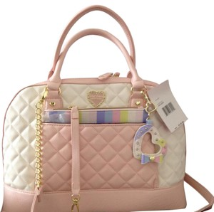 Betsey Johnson Nwt Dome Satchel in Blush Pink & Cream