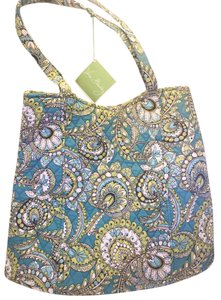 Vera Bradley Quilted Nwt Tote in Peacock