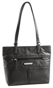 Stone Mountain Accessories Tote in Black