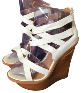 L.A.M.B. Dirty White Wedges