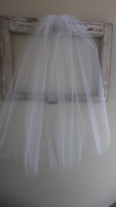 Fingertip Short Bridal Veil New White