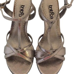 Tribeca by Kenneth Cole silver Wedges