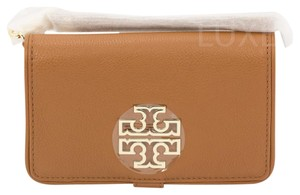 Tory Burch 31159051 Wristlet in Bark