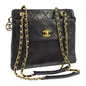 Chanel Vintage Vinyl Tote in Black
