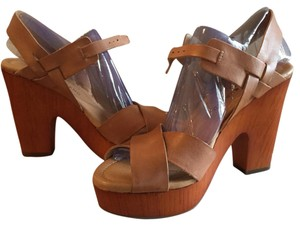 Lucky Brand Clay Wedges
