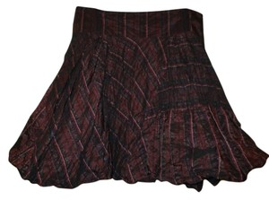 bebe Stripped Skirt burgundy multi