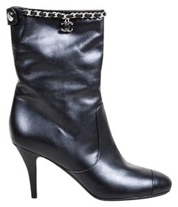 Chanel Leather Chain black Boots