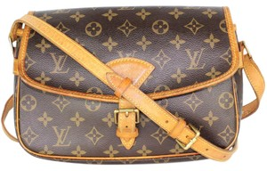 Louis Vuitton Sologne Canvas Vintage Cross Body Bag