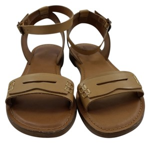 G.H. Bass & Co. Tan Sandals
