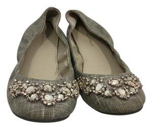 Adrienne Vittadini Gray silver fabric covered with clear glistening stones and silver metal pieces ballet Flats