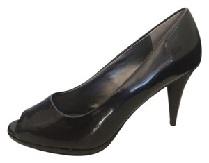Moda Spana Black Patent Pumps