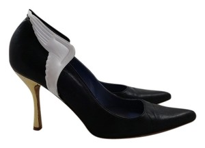 Ashley Dearborn Black Pumps