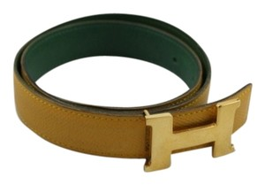 Hermes Hermes 24mm Constance Reversible Belt in Yellow and Green