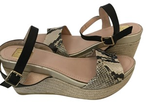 Kanna Espadrille Comfortable beige/gold Wedges