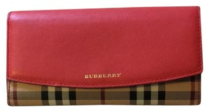 Burberry Wristlet in coral red
