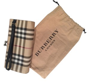 Burberry London Wristlet in traditional plaid