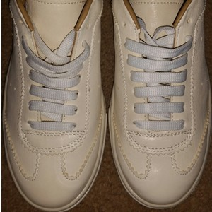Steve Madden Off White and Tan Athletic