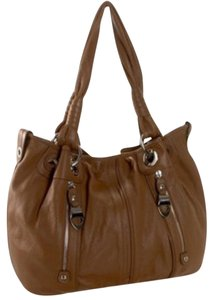 B. Makowsky Pebbled Leather Medium Zippers B. Durango Tote in Brown