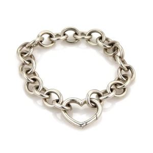 Tiffany & Co. Vintage Sterling Silver Heart Clasp Charm Chain Link Bracelet