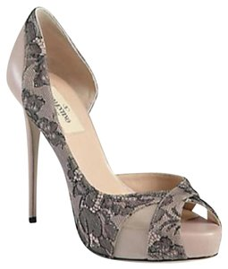 Valentino D'orsay Open Toe Lace Overlay Blush Nude/Black Pumps