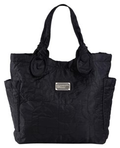 Marc by Marc Jacobs Light Weight Nylon Large Classic Tote in Black