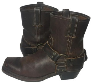 Frye 77455 Harness Size 9.5 Women's 9.5 Brown Boots