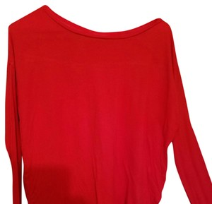 Gap Top Bright red