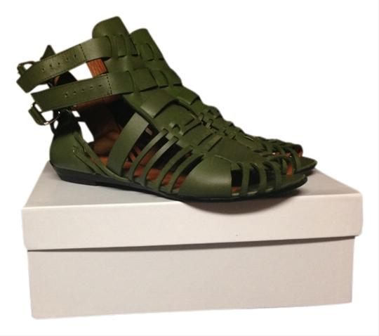 Preload https://item1.tradesy.com/images/givenchy-green-leather-sandals-size-us-85-regular-m-b-2106000-0-0.jpg?width=440&height=440