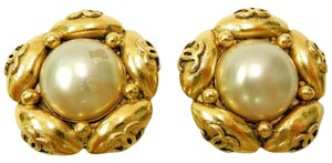 Chanel CHANEL Gold Plated CC Logos Imitation Pear Clip Vintage Earrings