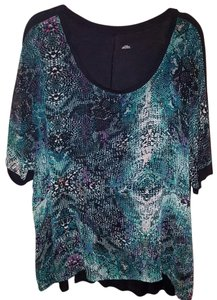 a.n.a. a new approach Snake Print Animal Print Dolman Sheer Top Green