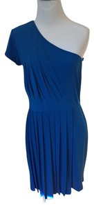 Gianni Bini New With Tags Knit One Sleeve Flattering Dress