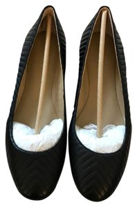 Ann Taylor Ballerina Ballet Quilted Leather Black Flats