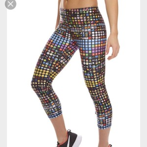 Zara Terez Emoji Print Performance Crop Leggings
