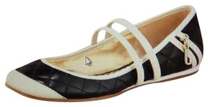 Juicy Couture Black Flats