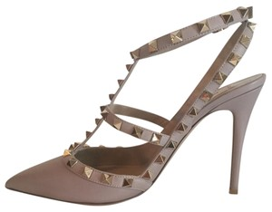 Valentino Studs Spike Rockstud Powder Nude Tan Pumps
