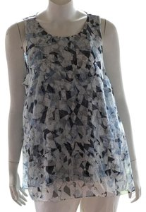 Vince Camuto Top white blue