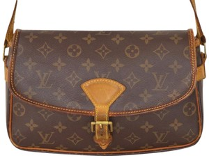 Louis Vuitton Solange Cross Body Bag