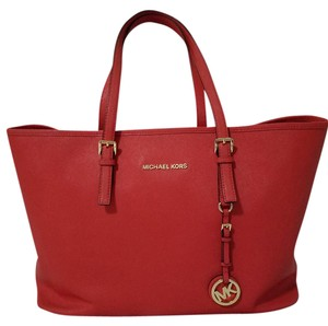 Michael Kors Red Saffiano Jet Set Tote in Orange Red