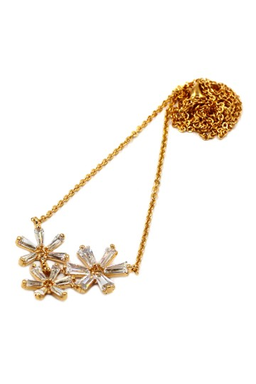 Preload https://item1.tradesy.com/images/gold-simple-flowers-crystal-necklace-21067195-0-0.jpg?width=440&height=440