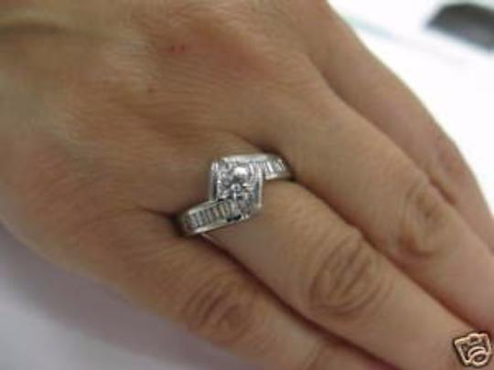 Other Fine Fancy Round Solitaire Engagement Diamond Ring 1.13Ct 14KT
