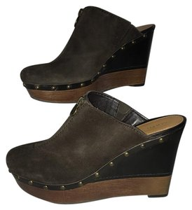 Marc Fisher Brown Mules