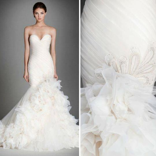 Preload https://item3.tradesy.com/images/lazaro-ivory-organza-3559-formal-wedding-dress-size-20-plus-1x-21067452-0-1.jpg?width=440&height=440