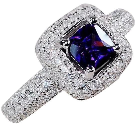Preload https://item1.tradesy.com/images/925-1ct-amethyst-and-white-topaz-ring-21067460-0-1.jpg?width=440&height=440