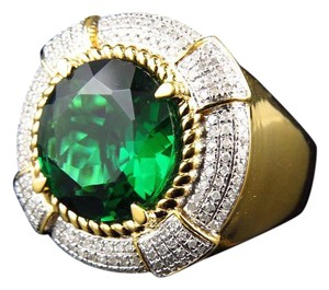 Other Royal Round-Cut Created Emerald Genuine Diamond Ring 0.45ct.